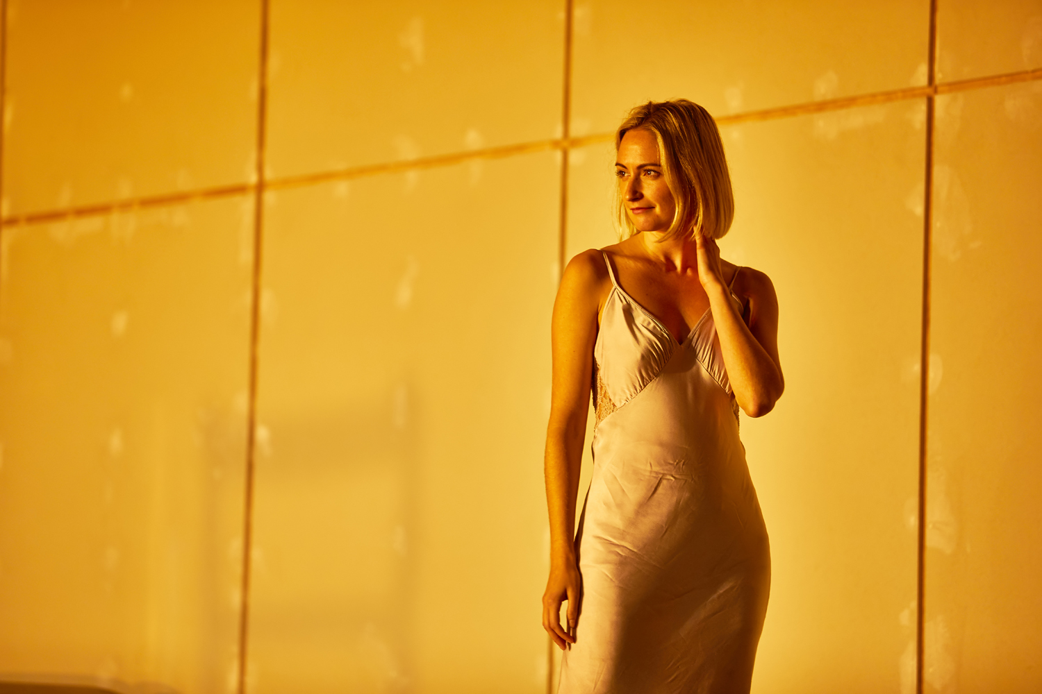 Lizzy Watts (Hedda) in Hedda Gabler. Photo by BrinkhoffM+Âgenburg.jpg