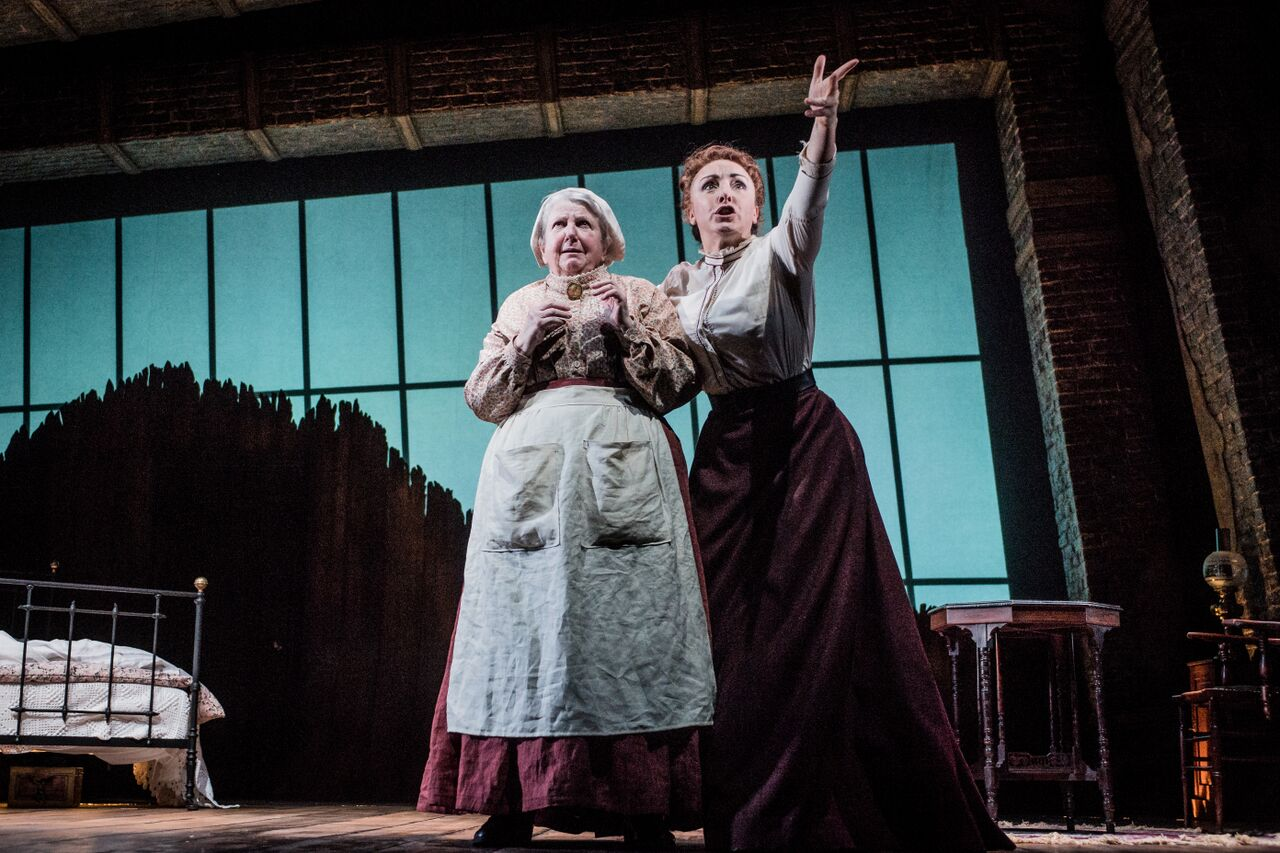 Maggie McCarthy and Carli Norris (2) - Turn of the Screw - Photo by Robert Workman_preview.jpeg