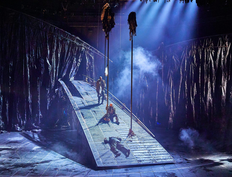 Macbeth at the National Theatre (c) Brinkhoff Mögenburg 1002-0433.JPG